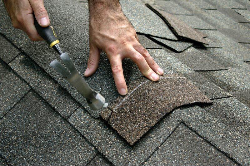 roofing-hammer.jpg