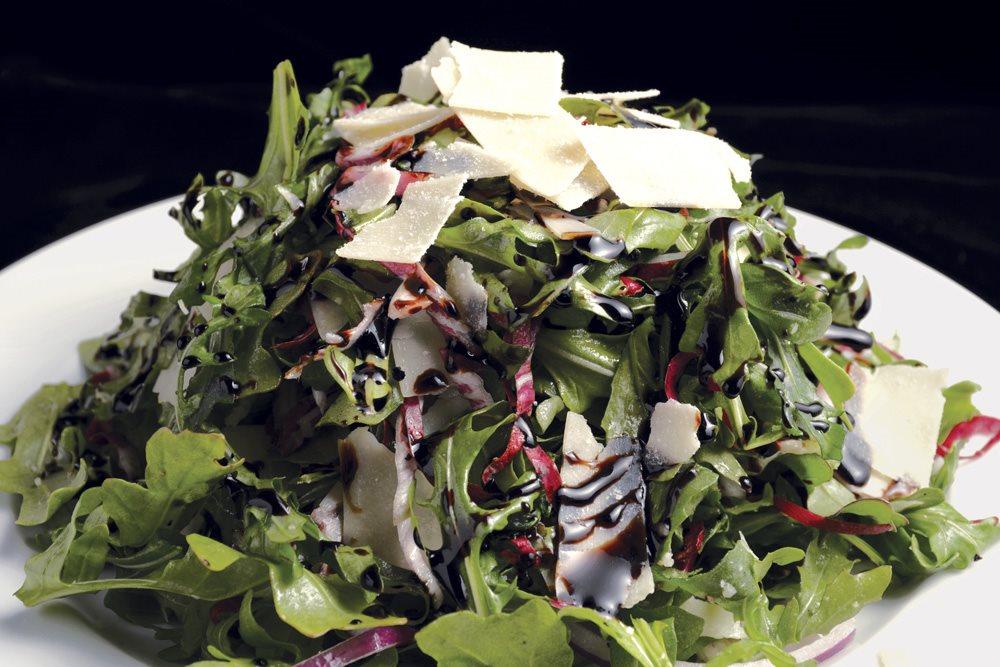 Pisa Lisa Salad_1541 RGB 1000p.jpg