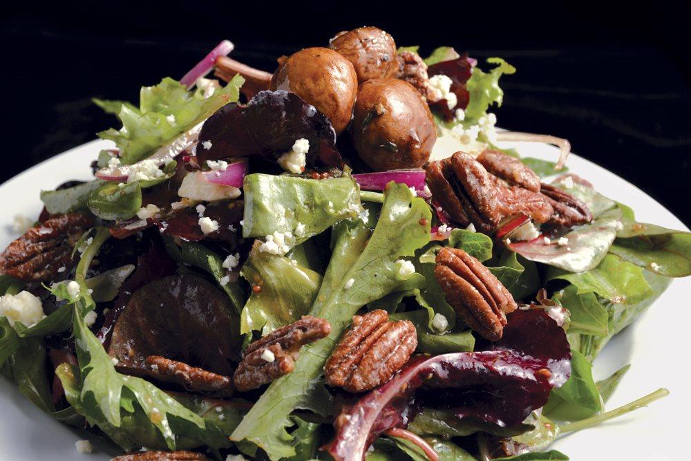 Pisa Lisa Salad_1531 RGB 1000p.jpg